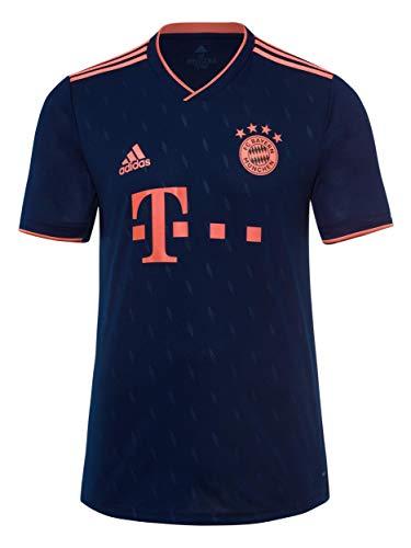 FC Bayern München – Das offizielle Champions League Trikot 2019/2020. Die Nacht gehört uns! Das neue dunkelblaue Fußball-Trikot für Erwachsene ist das offizielle Champions League Trikot von adidas für die Saison 2019/2020. Ein Must-have für jeden Fan des FCB! Das Trikot ist ein offizielles Fanprodukt. Es ist ein Original-Shirt mit allen Details, wie dem hochwertigen gestickten Logo des FC Bayern München Club und dem Sponsorenlogo von adidas und Telekom. Natürlich gibt es vier Meisterstars, dies ist der einzige Verein in der Bundesliga seit der 20. Meisterschaft. Das Trikot ist ein High-Tech-Funktionshemd mit Forsterit-Technologie, mit dem Temperatur und Luftfeuchtigkeit besser eingestellt werden können. Es ist sportlich, funktional und eng.