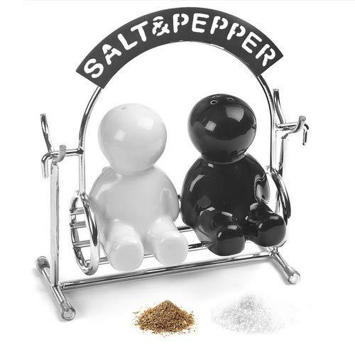 balvi-See-Saw.Pfeffer-undSalzstreuer-SetfürdenEsstisch.OriginellerSalz-undPfefferstreuerinFormEinerWippe