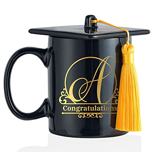 Abschluss Geschenk 2021 - Doktorhut Bachelor Hut Tasse mit Buchstabe Initiale, Personalisierte Geschenke, Alphabet Becher Kaffeetasse, Geschenkidee für Bachelor Master Abitur, Bestandene Prüfung, PhD