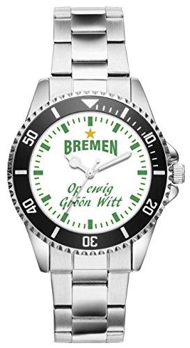 Perfekt für moderne Männer! Dank diesem besonderen Modell schaust du doppelt so gerne nach der Zeit! Ein solides Marken Laufwerk sorgt für Ganggenauigkeit. Das Metall Armband ist in seiner Größe 7-fach verstellbar. Der Durchmesser der Uhr beträgt ca. 40 mm und die Wasserdichtigkeit ist 3 ATM.
