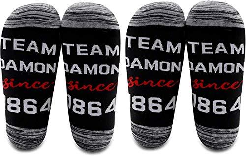 AATOP Vampire Diaries Fanartikel Team Damon seit 1864 Baumwollsocken Vampire Diaries inspirierte Geschenke Gr. Einheitsgröße, 2 Paar/Set – Mitte Wade – 1.