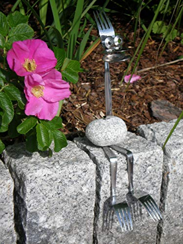 Manufaktur-Lichtbogen Edelstahlfigur Kantenhocker - Gartendeko Edelstahl Granit Gartenfigur