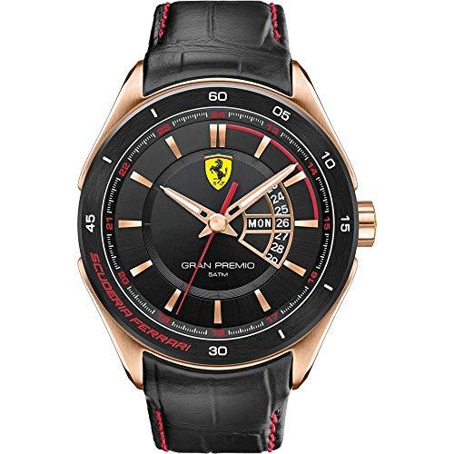 Scuderia Ferrari Orologi (SFO), die neue Linie umfasst starke, fesselnde Uhren für Männer und Frauen, die deutlich erkennbar ihre Inspiration in dem vielfach geehrten Scuderia Ferrari Rennteam und den Rennwagen findet. Die Kollektion bringt die Energie und den sportiven Stil der Formel 1 zu den Ferrari Fans und allen Uhrenbegeisterten weltweit.