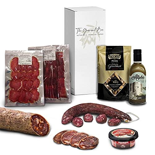 GOURMET BOX Präsentkorb - Tapas-Geschenkbox mit Schulter, Schweinelende, Gourmet-Wurst, Iberischen Chorizo Jabugo, Sobrasadas iberisch, Picos und Olivenöl Extra Vergine.