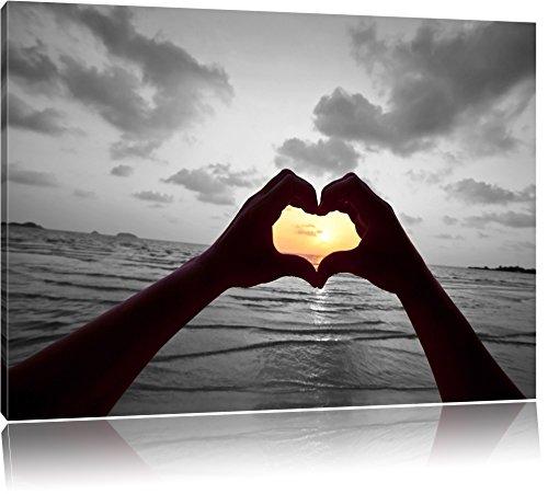 Hände zu einem Herz geformt schwarz/weiß Format: 80x60 auf Leinwand, XXL riesige Bilder fertig gerahmt mit Keilrahmen, Kunstdruck auf Wandbild mit Rahmen, günstiger als Gemälde oder Ölbild, kein Poster oder Plakat